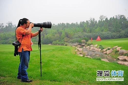 搜狐公司首席摄影师 专职摄影记者程宫