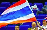 泰国选手摇旗助威