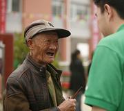 89岁的汉旺老人误认我是援建者,感谢了我足足5分钟
